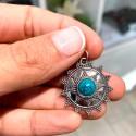Dije Sol con puntos y piedra Natural Turquesa