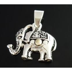 Dije elefante tres puntitos con Oro