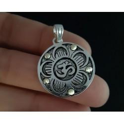 Medalla Mandala Om Plata y Oro